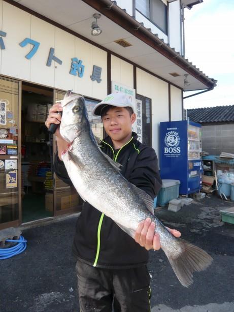松浦川で自己...